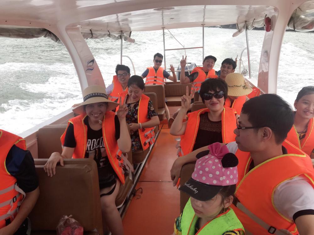 Công ty Anh Minh tổ chức nghỉ mát hè cho CBCNV tại Đảo Cát Bà 2019